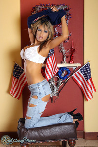 Busty Babe Kristi Curiali Ripped Jeans 06
