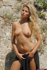 Sexy Girl Axelle Parker Hot Nude Photos 03