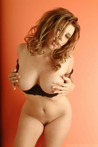 Busty Erica Campbell 05