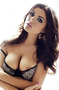 India Reynolds Showing Off Her Big Boobs