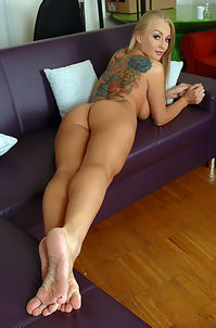 Hot Tattooed Kayla Green From Russia