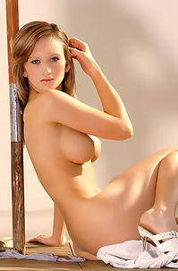 Nude Sexy Babe
