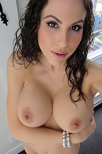Katie Peachy Frills