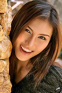 Nadia Feng