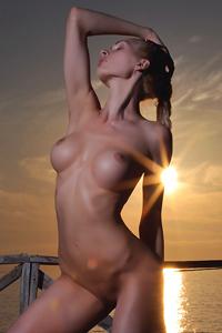 Beautiful Alisa Posing Naked