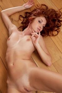 Redhead Foxy T Threw Down Her Jeans Short