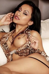 Sexy Latina CJ Miles In Leopard Set