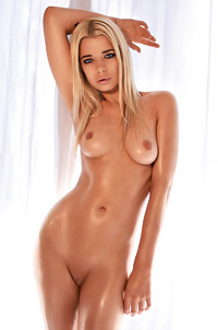 Sandra Ciechomska Amazing Playboy Beauty