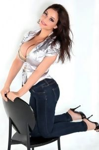 Desiree In Tight Jeans
